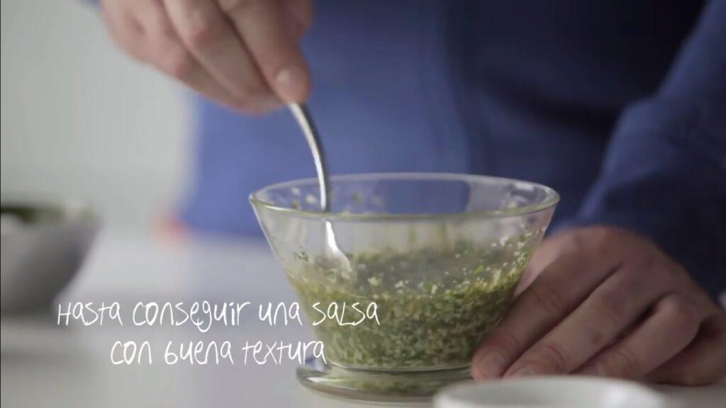 Mezclamos hasta conseguir una salsa con buena textura