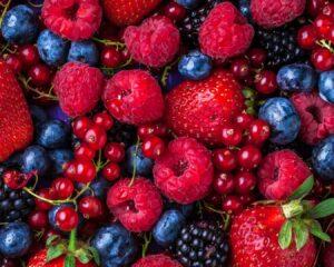 Añadimos los frutos rojos