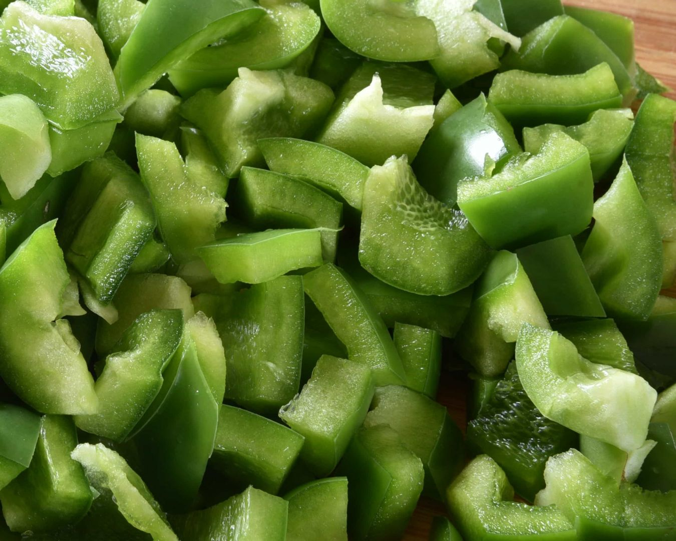 Añadimos el pimiento verde picado