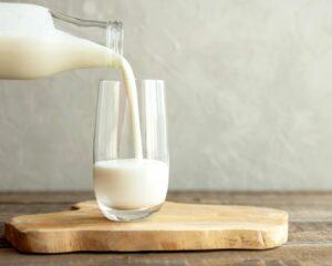 Añadimos la leche a la mezcla