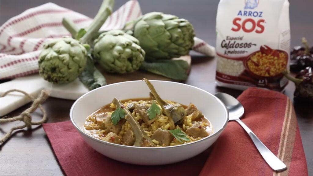 Receta de arroz meloso con magro y alcachofas