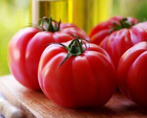 Volcamos el tomate rallado