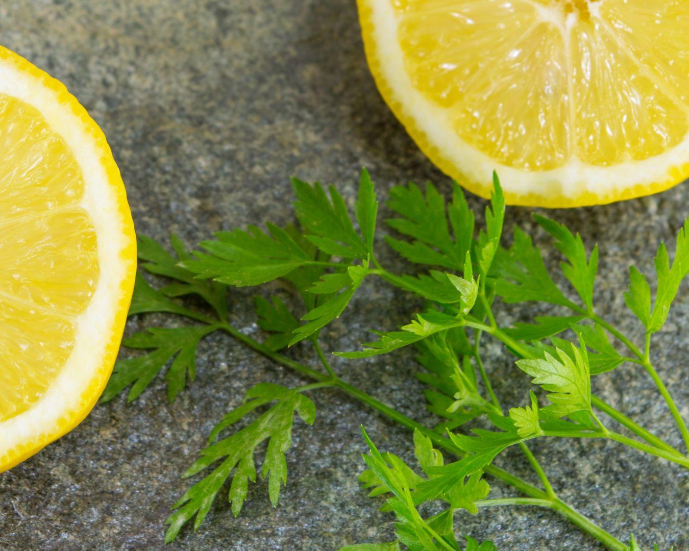 Servimos con limón al gusto
