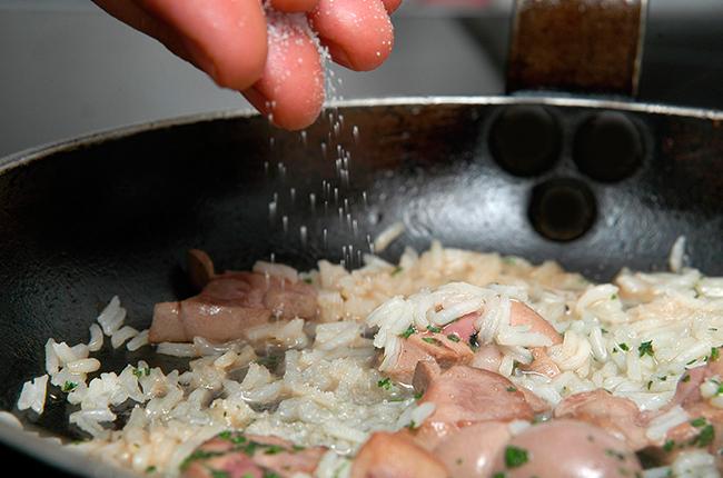 cocinar arroz perfecto sal