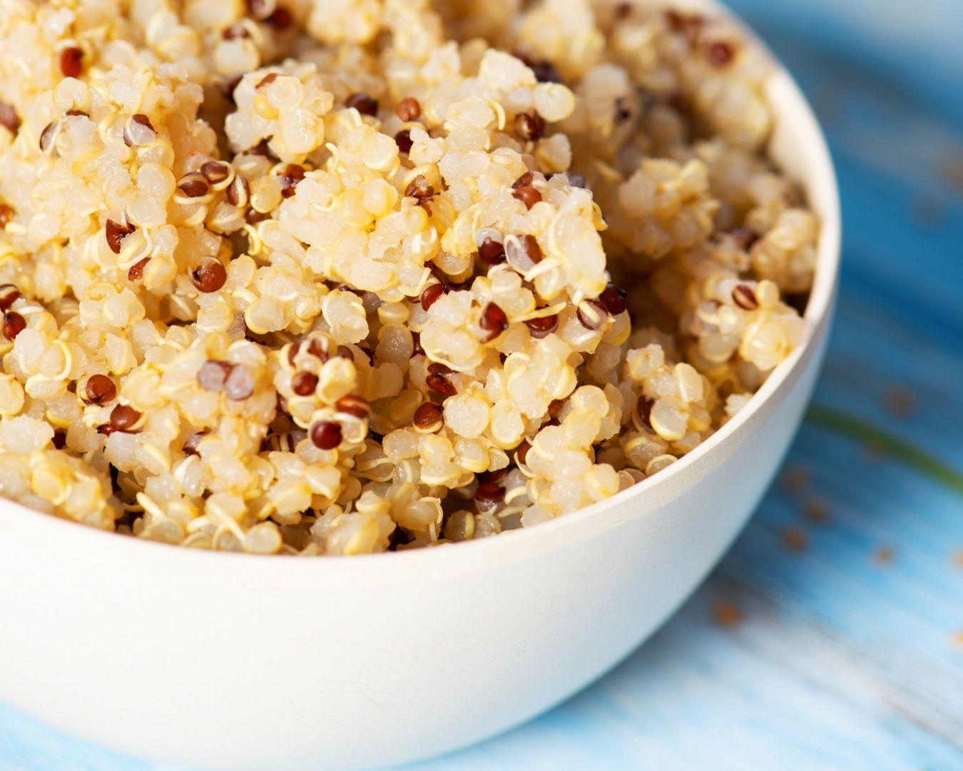 quinoa blanca y roja cocida