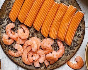 marisco para Piña rellena de ensalada de arroz y marisco por Laura Ponts