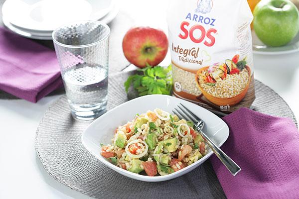 Engánchate a las ensaladas: ensalada de arroz integral