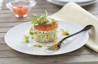 Timbal de arroz integral con quinoa y guacamole