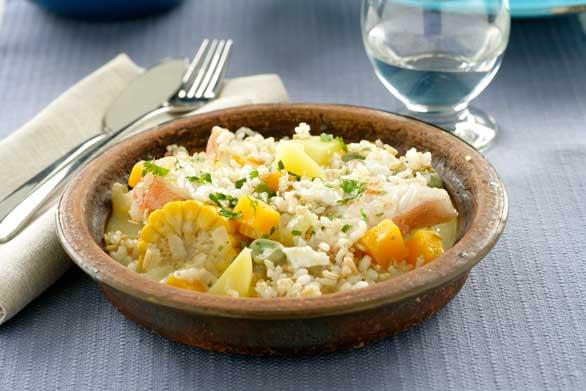Chupe de pescado, arroz integral y quinoa