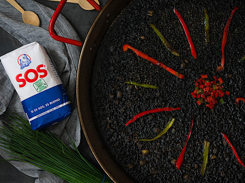 Prepara un arroz negro y triunfa