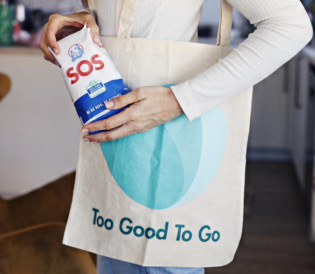 oh-mami-blue-con-paquete-de-arroz-sos-redondo-y-bolsa-de-too-good-to-go
