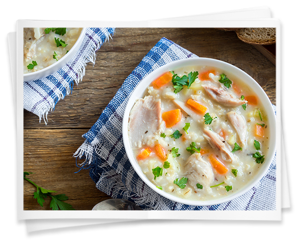 Puchero casero de arroz con pollo y verduras